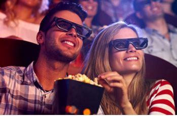 bio med läsk och popcorn för två